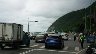 蘇花道路封閉 南廻公路湧車潮。