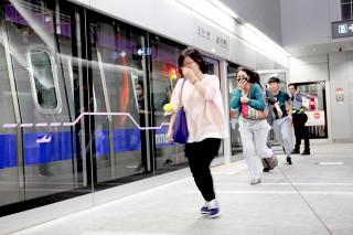 機捷A1台北站因應世大運,演練爆裂物與火災狀況應變。