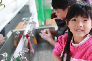 勤洗手是防範腸病毒的最佳武器。(圖/宜蘭縣衛生局提供)