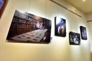 中壢藝術館第一展覽室,舉辦「2017圓光之美攝影展」。