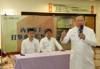 副院長姚維正表示:重症肌無力病人手術前後,都要進行血液自體免疫抗體的清除,以增加成功率並減少併發症。