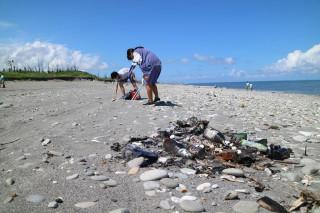 減塑淨灘行動 守護美麗海洋