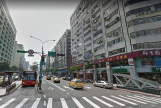 28日的北市中山區里長座談會上,有里長反映停車空間不足的問題,對此柯文哲表示市府已在研擬「閒置車位共享」相關方案,下個月開會研究後,會公布實質推動的辦法。(圖/Google地圖)