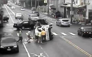 真正須要收驚解運 婦人前小時才車禍轉診又遭撞翻