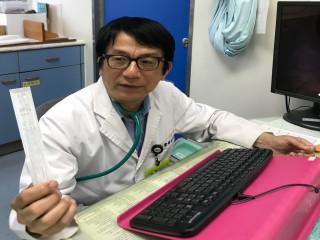 大里仁愛醫院醫生提醒注意流感。林重鎣攝