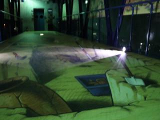 十三行臉書粉絲專頁推出八月夜宿博物館活動,中獎者可獲得免費夜宿立體逼真的3D考古探坑一晚。(圖/十三行提供)