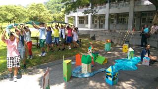 「《夏日小鎮 青春印演:你少年的這一幕》」彩排分享會,同學們的演出。〈記者吳素珍攝〉