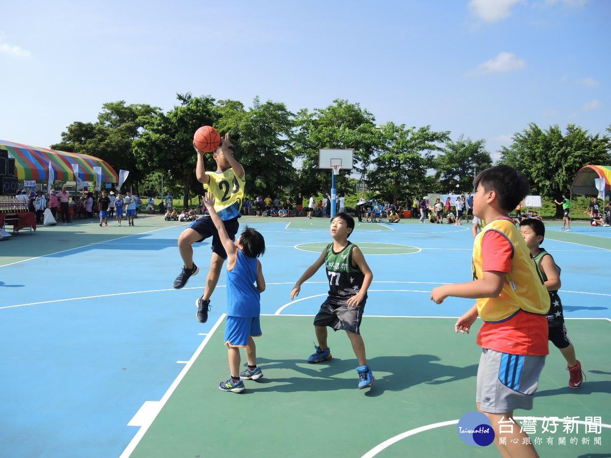田中鎮長盃籃球錦標賽 近百隊豔陽下熱力開打