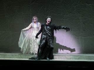 圖說:日本原裝音樂劇-死亡筆記本21日周五起在台中國家高劇院演出,死神跟葉神的造型,像極原作翻版。(記者賴淑禎攝)