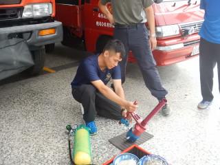 因應颱風來襲 屏縣消防局新園分隊加強裝備測試