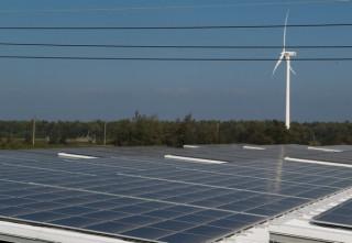雲林縣推動綠能進度領先中央政府,截至106年底,太陽光電部分佔全國比例四分之一以上。(記者陳昭宗拍攝)