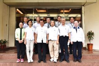 桃園市長鄭文燦前往觀音區參訪信統電產股份有限公司。
