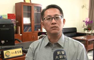 建華國中新校長 黃信騰年輕有勁