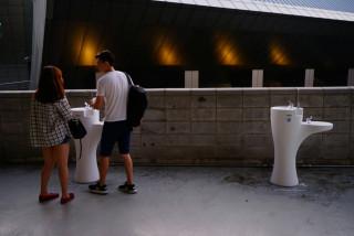 世大運開幕禁帶水 觀眾區備妥38座直飲台