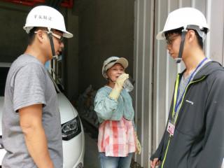 勞工局加強宣導資方提供足夠飲用水予勞工飲用,並減少在高溫環境下工作。(圖/記者黃村杉攝)
