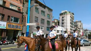 騎警隊將在世大運賽事場館(新莊棒球場、新莊國民運動中心及新莊體育館)周邊執行巡邏等勤務。(圖/記者黃村杉攝)