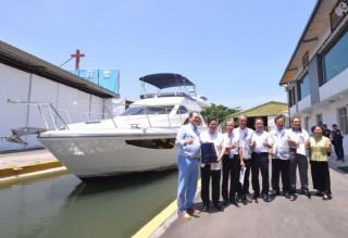 桃園市長鄭文燦前往蘆竹區,參訪巨星造船公司。