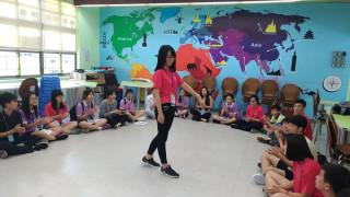 加拿大安大略省約克教育局高中生與永和國中青年外交大使師生交流。(圖/記者黃村杉攝)