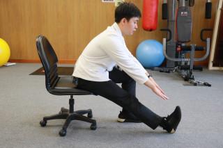 動作五大腿後方肌群伸展S58A7028 []