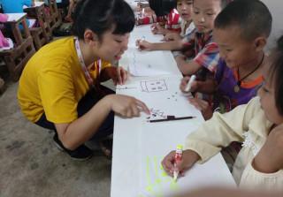 散播華文教育的種子 員家師生組團協助泰北幼教發展