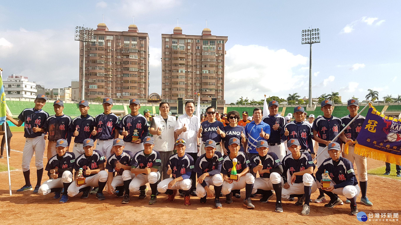 首屆嘉農盃棒球賽落幕 平鎮高中奪冠