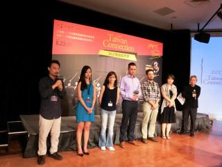 圖說:TC音樂總監胡乃元在國家劇院的記者會中宣布,TC重返臺中國家歌劇院演出《復刻.經典──莫札特Vs德弗札克》。(記者賴淑禎攝)