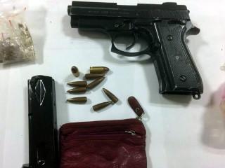 槍毒藏匿廢彈簧床墊內 仍不敵警方鹰眼查獲逮捕