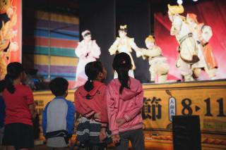 2017庄頭藝穗節邁入第七年,今年一次網羅歌仔戲、豫劇、親子劇、音樂會等41場次精彩節目。(圖/高雄市政府文化局提供)