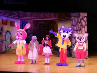 環境教育兒童劇場演出《小紅帽》 寓教於樂獲得滿堂喝采