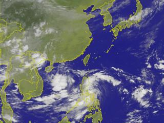 中央氣象局表示,今日受到颱風外圍環流影響,花東地區及恆春半島從今晚開始到周末將會有明顯雨勢。(圖/中央氣象局提供)