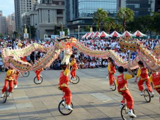 在市政府及民間社團的大力支持推動中,獨輪車運動己成為桃園市最具特色的運動項目之一。
