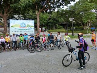 楊勝評局長建議民眾,先參加9月1、2、8、9日八個梯次的「Tour Bike單車學校-2017秋季班」訓練。
