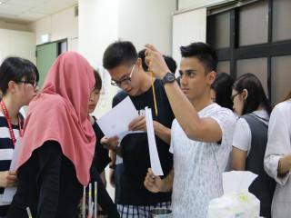 弘光科技大學舉辦國際混班的夏令營活動,各國姐妹校30位學生參加  兩個禮拜的多元課程活動,受益非凡。(記者陳榮昌攝)