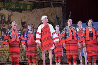 賽德克族傳統祭儀的樂舞表演。