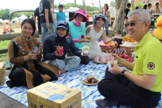 桃園地景藝術節觀音廣福主展區的假日藝術大道舉辦了一場音樂會暨野餐活動─「無限演聲‧千層派對」。