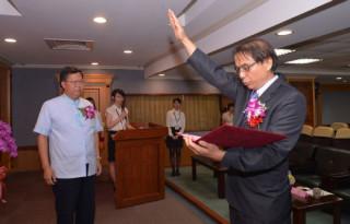 桃園市長鄭文燦出席「桃園市政府人事處處長交接及宣誓就職典禮」。