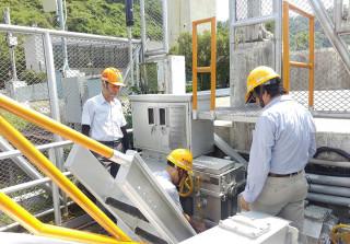 南水局已派員針對所轄管水庫堰壩各項設施進行檢查及加強防汛應變整備作業。(圖/記者何沛霖攝)