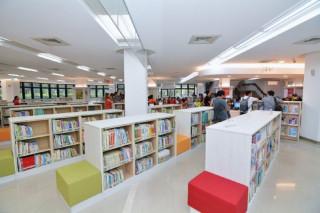 桃園市立圖書館中壢分館空間改造啟用。