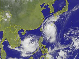 泰利颱風持續北轉不發陸警 北台灣仍要留意豪雨。(圖/中央氣象局提供)