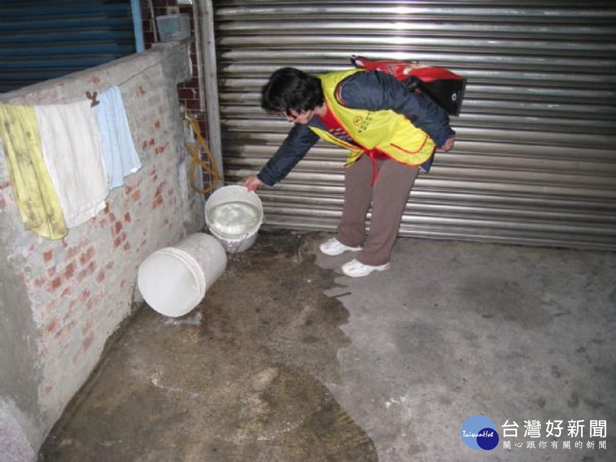 登革熱境外移入病例增加 防治中心呼籲民眾清除積水容器