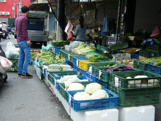 颱風泰利擦邊過 各類蔬菜價急跌大幅回穩