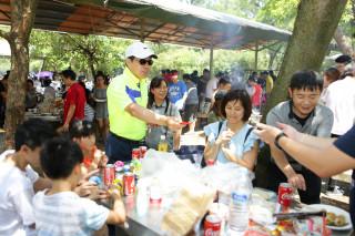 世界級封測大廠美商艾克爾,在桃園楊梅埔心牧場舉辦員工中秋烤肉聯歡活動。
