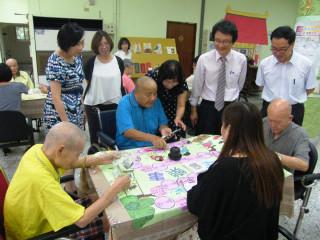 復古式桌遊遠離老化追求活躍 對高齡者生活具調適作用