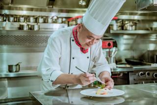 海峽會法式料理主廚薛淵元。