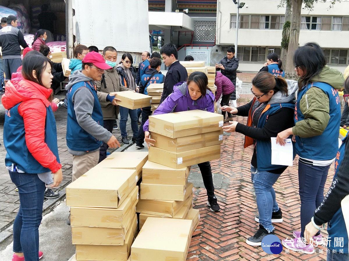 關懷弱勢 愛心團體贈台東社福機構物資幫助長者度過寒冬