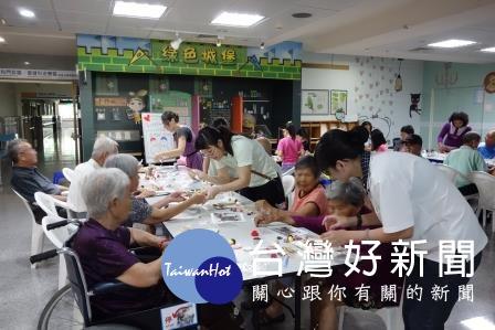 大林慈濟失智症病友會及家屬支持團體活動 家屬分享照顧甘苦