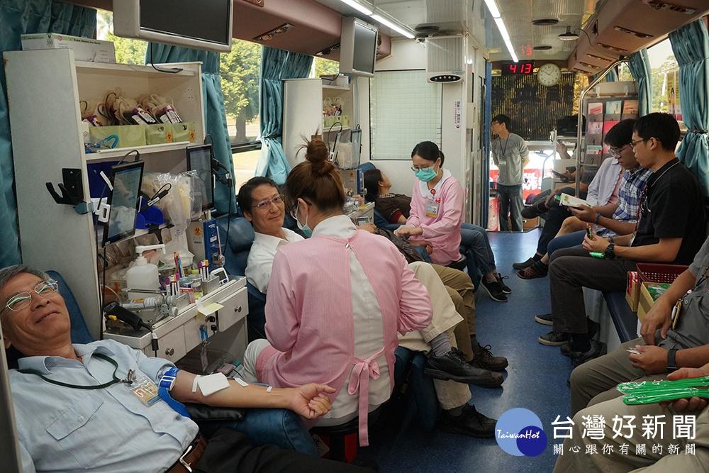 中油公司預計一年內募集百萬CC捐血量。