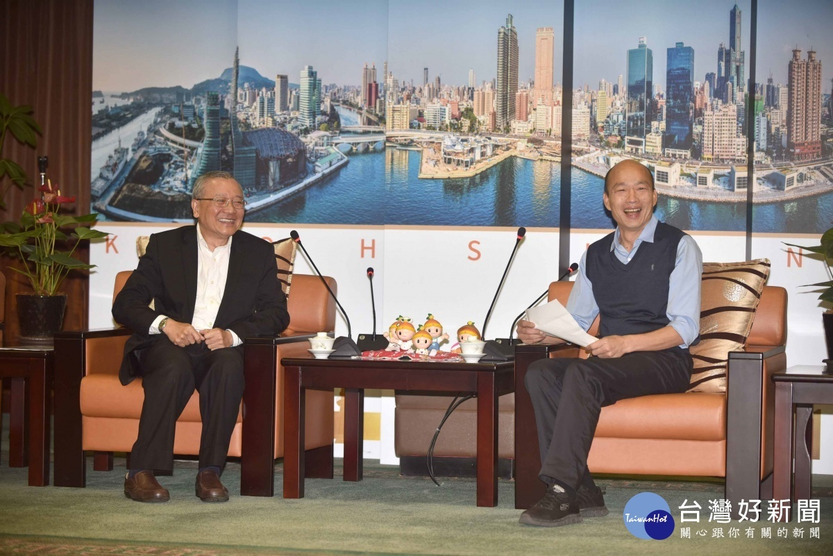中油董事長拜會韓市長。(圖/記者何沛霖攝)