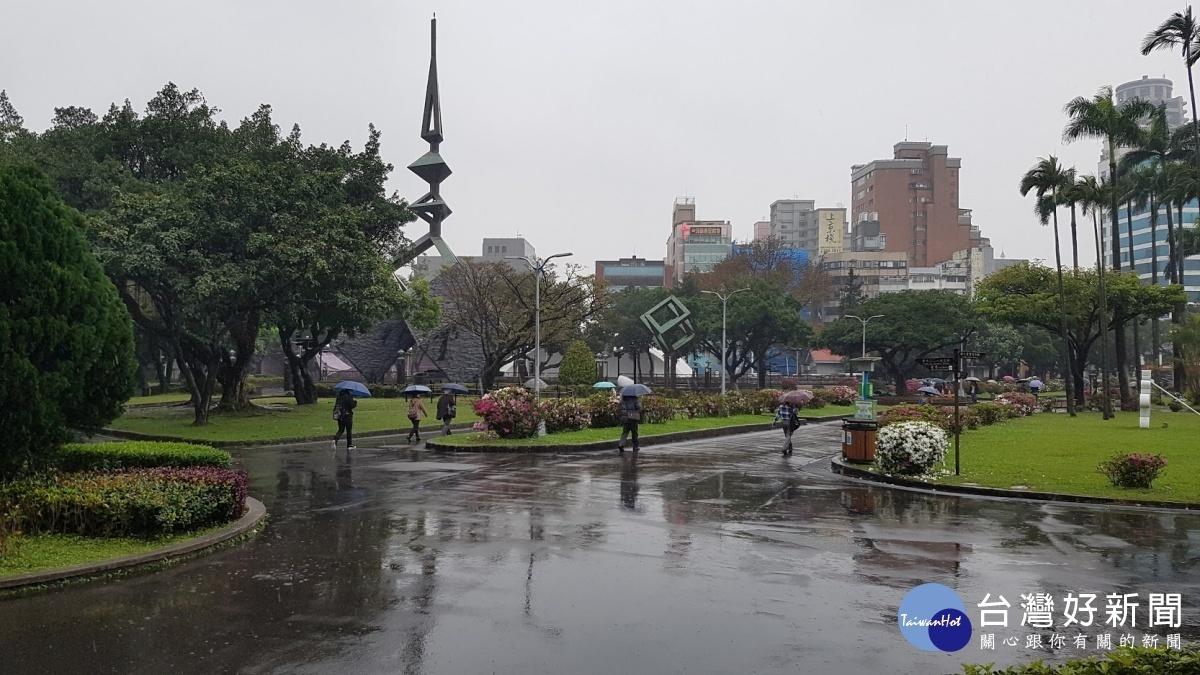 連假首日水氣多 北部、東半部局部短暫雨
