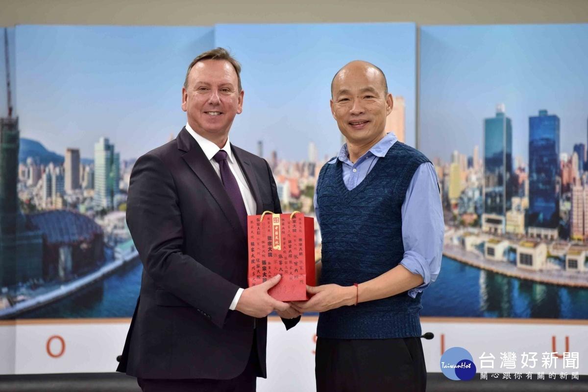 高雄市長韓國瑜竭誠歡迎ICLEI來訪,盼提升高雄在世界能見度。